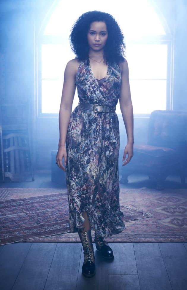Madeleine Mantock as Macy Vaughn - Charmed (2018) - TV Fanatic