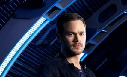Killjoys' Aaron Ashmore Q & A: His Technical Genius, an Upcoming Battle & More!