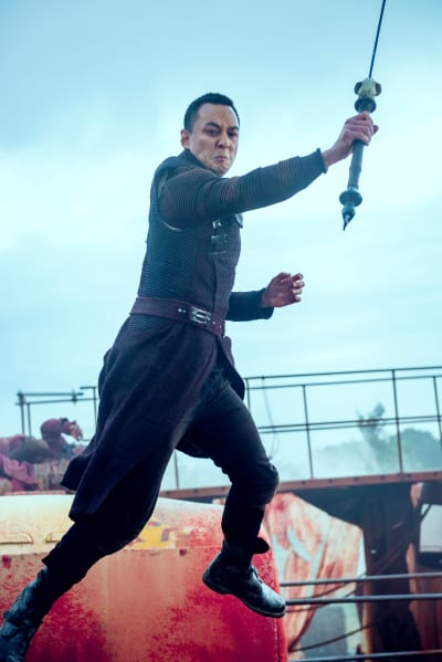 Sunny Fight the Mechs - Into the Badlands Season 2 Episode 5