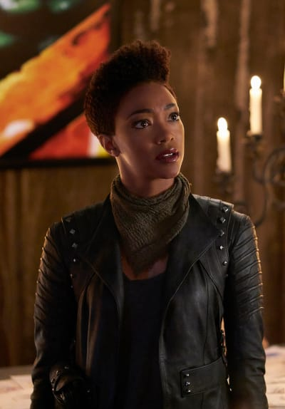 Burnham on Qo'noS - Star Trek: Discovery Season 1 Episode 15