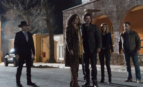 Something's Wrong - Midnight, Texas Season 1 Episode 8