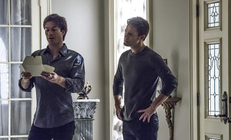 An Invitation From... - The Vampire Diaries Season 7 Episode 6