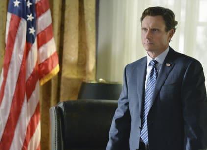 Watch Scandal Season 4 Episode 1 Online