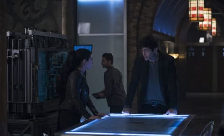 Sibling Team Up - Shadowhunters Season 3 Episode 15