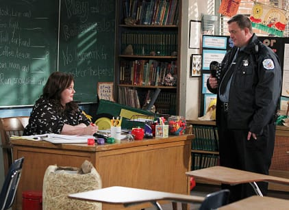 Watch Mike & Molly Season 3 Episode 22 Online