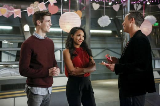 Hearts from H.R. - The Flash Season 3 Episode 14