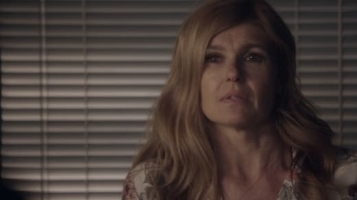 Rayna faces her stalker - Nashville Season 5 Episode 8