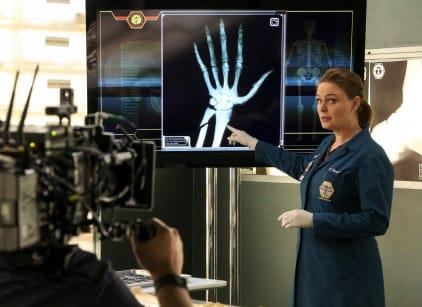 Watch Bones Season 11 Episode 18 Online