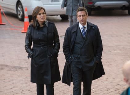 Watch Law & Order: SVU Season 16 Episode 8 Online