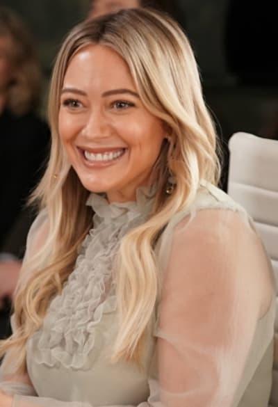 Kelsey smiles - Younger Season 7 Episode 2