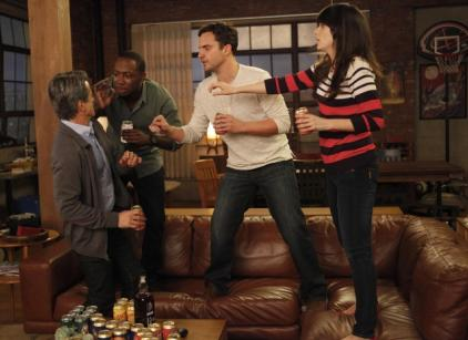 Watch New Girl Season 1 Episode 20 Online