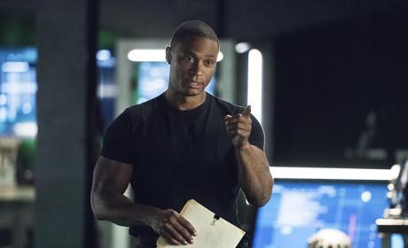 Never Give Up - Arrow Season 4 Episode 7