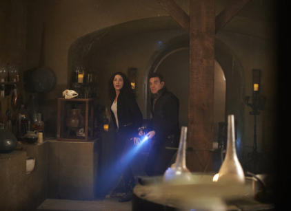 Watch Warehouse 13 Season 4 Episode 19 Online