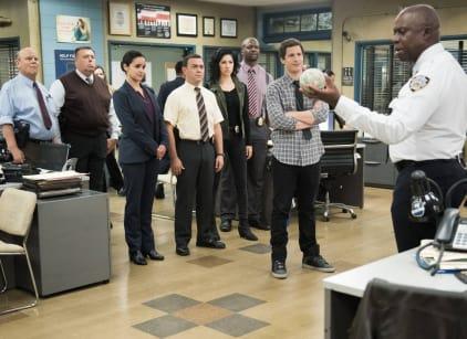 Watch Brooklyn Nine-Nine Season 2 Episode 16 Online