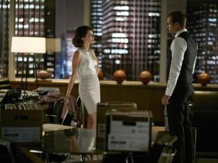 Watch Suits Online: Season 5 Episode 13 - TV Fanatic