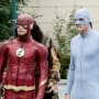 Behold The Elongated Suit - The Flash Season 4 Episode 6