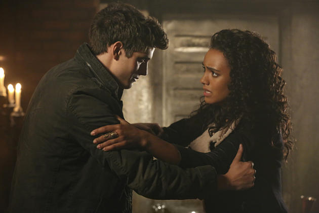 The Originals Season 2 Episode 13 Review: Family Is Power ...