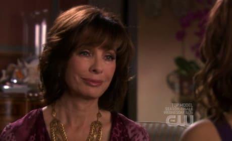 Laurel Tells Megan About Miles