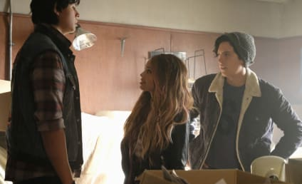Riverdale Season 2 Episode 3 Review: Chapter Sixteen: The Watcher in the Woods