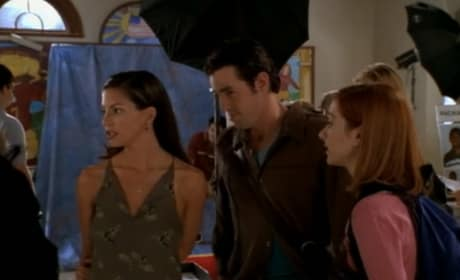 Yearbook Photos - Buffy the Vampire Slayer Season 3 Episode 5