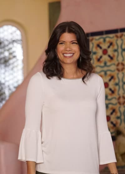 Back and Better Than Ever - Jane the Virgin Season 5 Episode 12