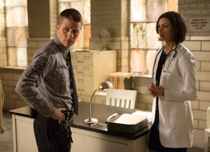 Watch Gotham Season 1 Episode 11 Online