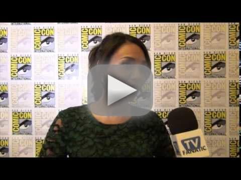 Candice Patton Talks Team Reunion on The Flash Season 2
