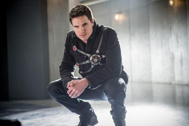 Ronnie Returns! - The Flash Season 3 Episode 16
