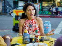 Abby vs. the Coach - Girlfriends' Guide to Divorce