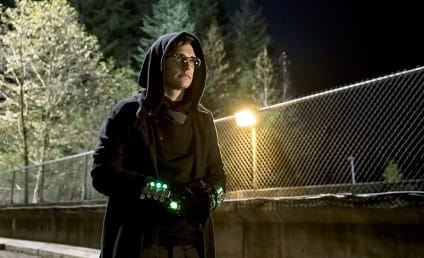 The Flash Season 1 Episode 11 Photos: Revenge of the Nerd