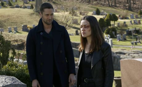 Liz and Tom Reunite - The Blacklist Season 5 Episode 22