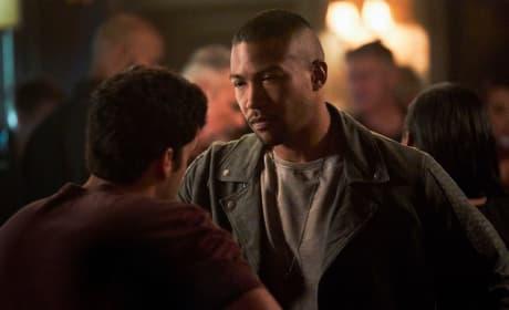 Meeting an Old Friend - The Originals Season 5 Episode 2