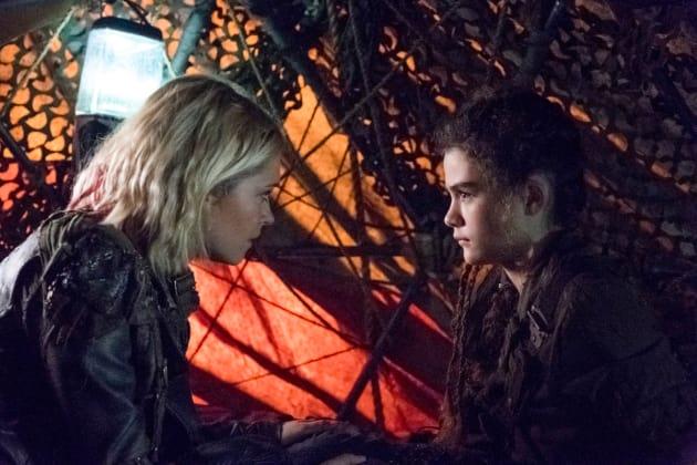 Clarke and Madi  - The 100 Season 5 Episode 6