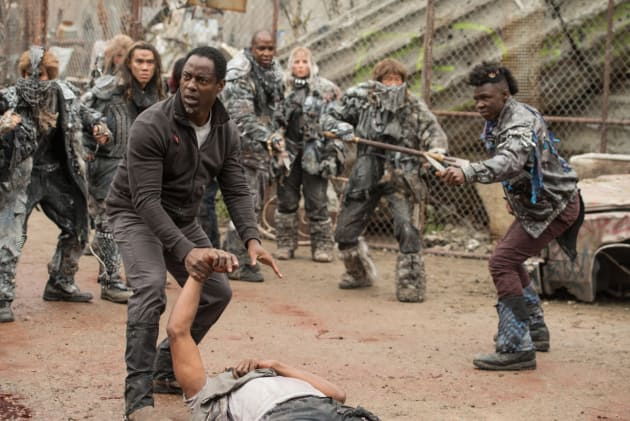 Tense in Polis - The 100 Season 4 Episode 1