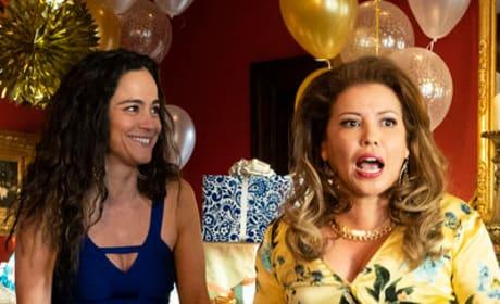 Brenda's Baby Shower - Queen of the South Season 4 Episode 2