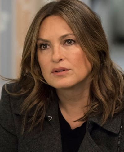 Benson In the Hospital - Law & Order: SVU Season 20 Episode 17