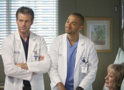 Watch Grey's Anatomy Season 8 Episode 22 Online