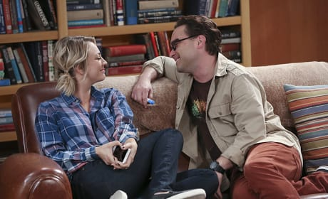 What a Happy Couple - The Big Bang Theory Season 9 Episode 10