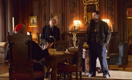 """The Strain Photos from """"Intruders"""""""