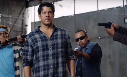Almost Paradise First Look: Christian Kane Returns!