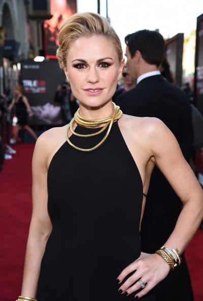 Anna Paquin Attends True Blood Premiere