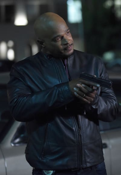 Bad Guy - Lethal Weapon Season 2 Episode 11