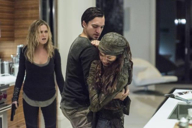 A Tense Situation — The 100 Season 4 Episode 7