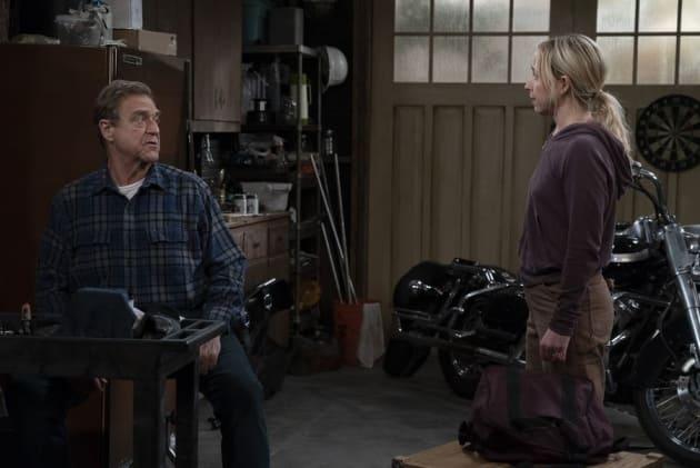 Becky Needs Money - The Conners Season 1 Episode 2