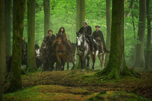 The MacKenzie Clan traveling. - Outlander Season 1 Episode 8