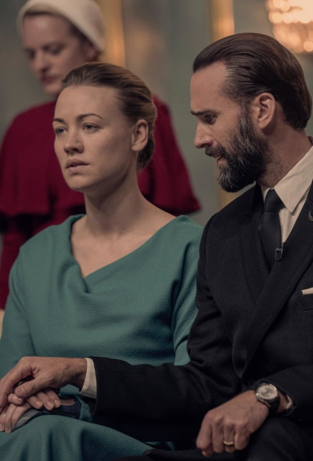 A Desperate Plea From Fred and Serena - The Handmaid's Tale Season 3 Episode 5