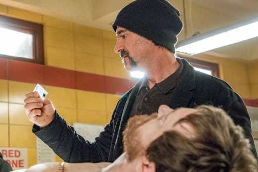 Olinsky Finds a Clue - Chicago PD Season 4 Episode 18