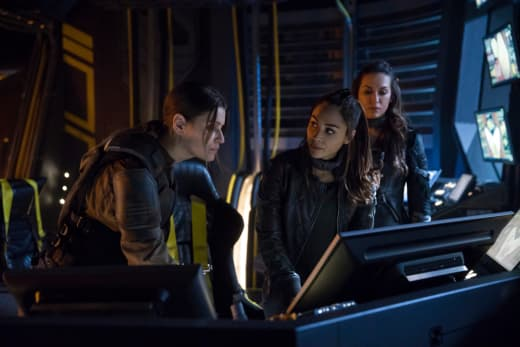 Raven, Echo, and Charmaine - The 100 Season 5 Episode 7