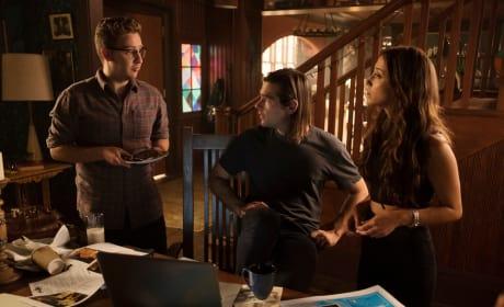 Julia, Quentin and Josh Talk - The Magicians Season 3 Episode 1