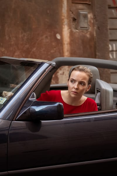 Waiting in the Car - Killing Eve Season 2 Episode 8